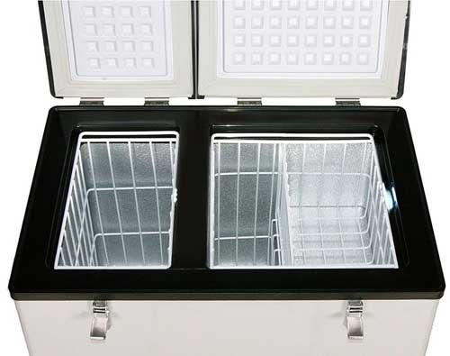 Interior Dual Zone Compartments of the Whynter Fridge Freezer